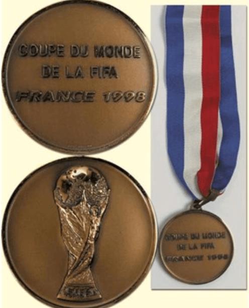 aukcija medalja