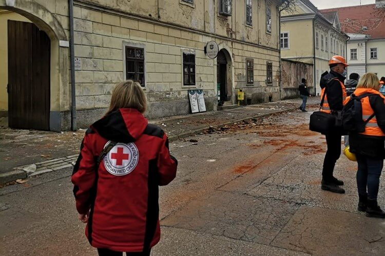 potres sisak crveni križ