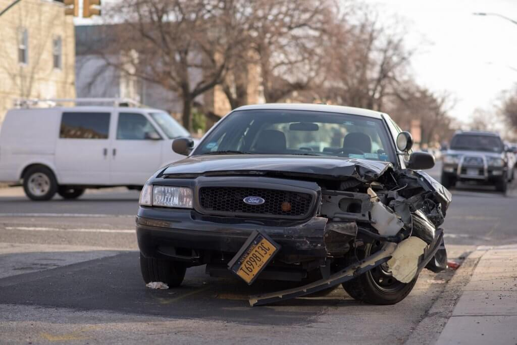 automobil nesreca